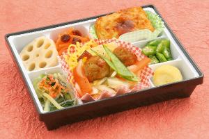蒸し鶏と野菜のサウザンドレッシング