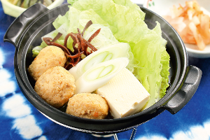 鶏つくねと白菜の中華風鍋