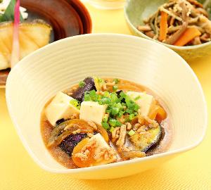 豆腐と茄子の 胡麻そぼろ煮